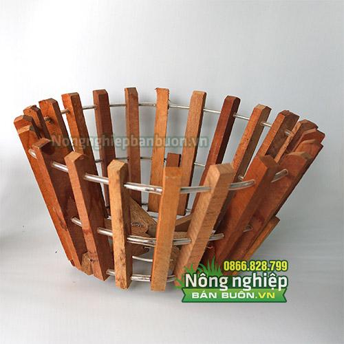 Chậu gỗ trồng cây phi 30cm, thanh gỗ bản vuông CG03