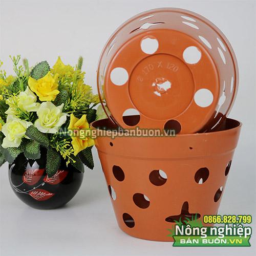 Chậu nhựa trồng hoa giả gốm phi 17 CN13