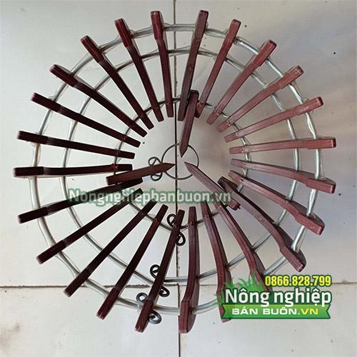 Chậu nhựa trồng lan giả gỗ phi 25cm CN02